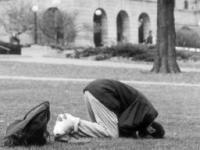 Ректоры предлагают студентам не молиться в вузах